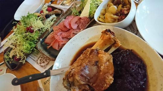 欧州出張2017年07月-第二日目-ベルリン最古のレストラン_c0153302_22580089.jpg