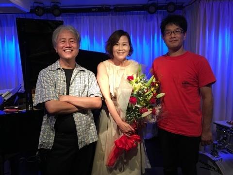 Jazzlive comin 明日木曜日のライブ!_b0115606_14025009.jpg