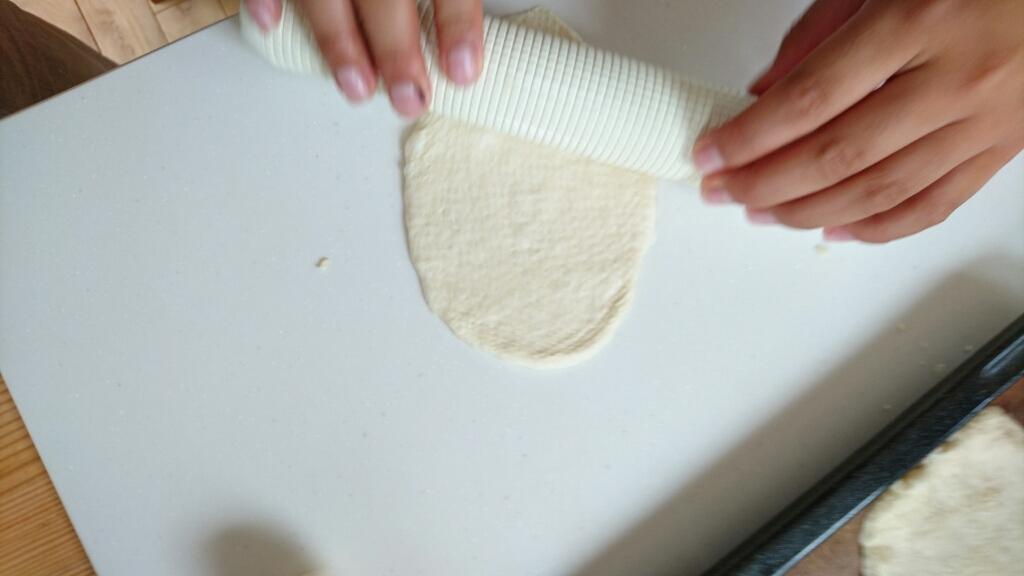 子供たちとピザ作り_c0199544_13535530.jpg