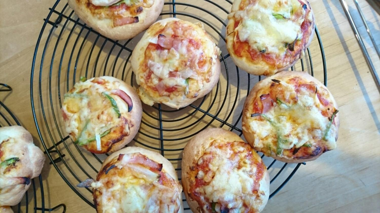 子供たちとピザ作り_c0199544_13540083.jpg