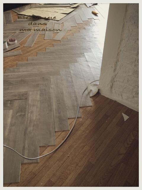 キッチンの床をヘリンボーンに_c0325873_20022534.jpg