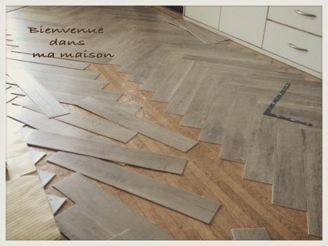 キッチンの床をヘリンボーンに_c0325873_20022568.jpg