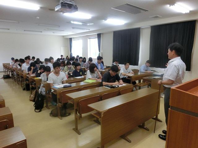 「公害」を知らない学生に「公害のデパート」と呼ばれた歴史と課題を伝える  来年3月で撤退の常葉大富士キャンパスで講義_f0141310_07413930.jpg