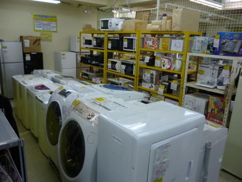 ハイアール 100L 冷凍庫 JF-NU100E 2014年製_b0368515_22274910.jpg