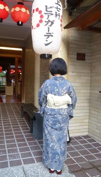 上七軒ビアガーデンのお客様・竺仙 奥州小紋に半巾帯_f0181251_19155871.jpg
