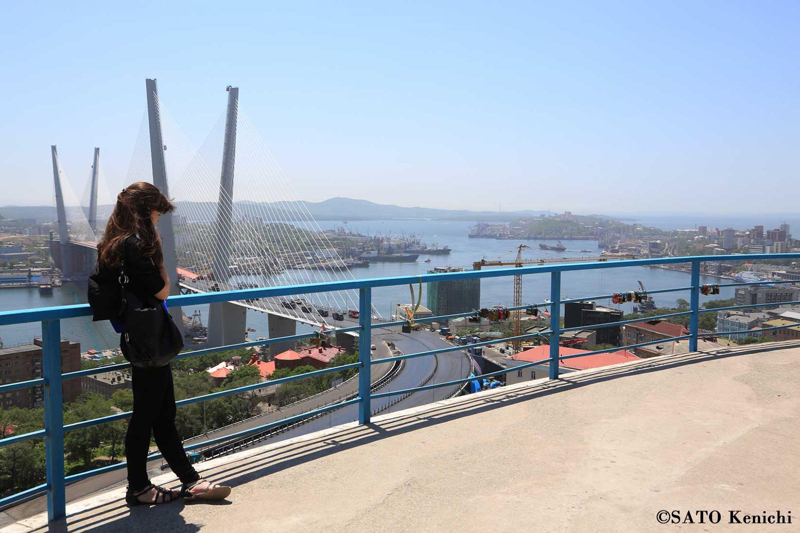 017 鷹の巣展望台からのウラジオストク港の眺め_b0235153_925569.jpg