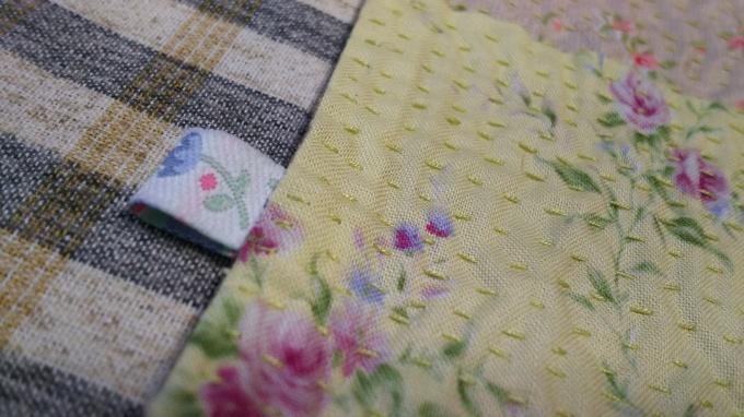 お花プリントのラリーキルトのハンカチ完成♪_f0374160_21141313.jpg