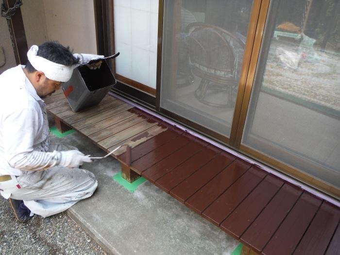 濡れ縁の塗装 ~ 小さな工事ですがお願いできないでしょうか。_d0165368_02085106.jpg