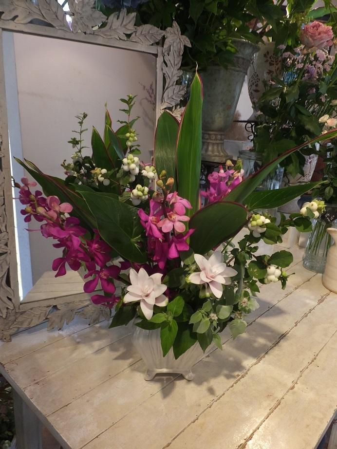 オークリーフ花の教室(山田さんの作品)_f0049672_16314253.jpg