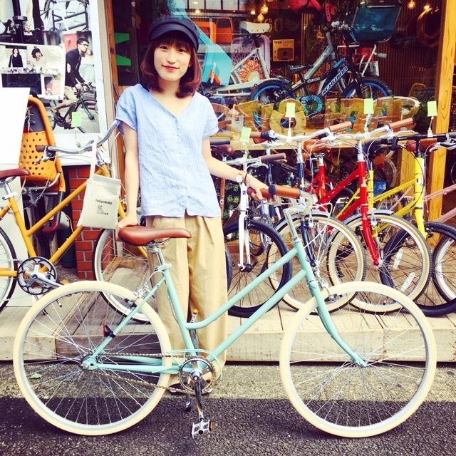 ☆今日のバイシクルガール☆ 自転車女子 自転車ガール ミニベロ クロスバイク ライトウェイ トーキョーバイク シュウイン ラレー ブルーノ おしゃれ自転車 マリン_b0212032_17464686.jpg