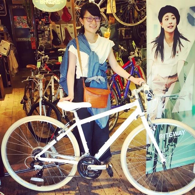 ☆今日のバイシクルガール☆ 自転車女子 自転車ガール ミニベロ クロスバイク ライトウェイ トーキョーバイク シュウイン ラレー ブルーノ おしゃれ自転車 マリン_b0212032_17471560.jpg