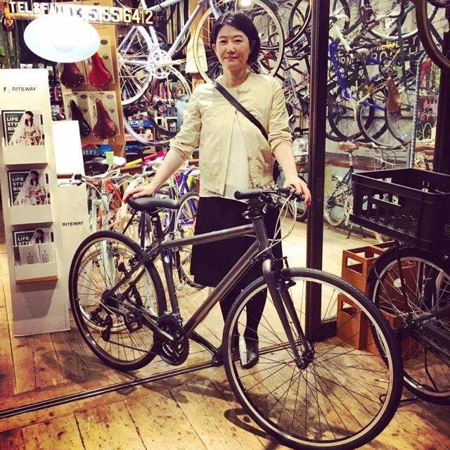 ☆今日のバイシクルガール☆ 自転車女子 自転車ガール ミニベロ クロスバイク ライトウェイ トーキョーバイク シュウイン ラレー ブルーノ おしゃれ自転車 マリン_b0212032_17482462.jpg