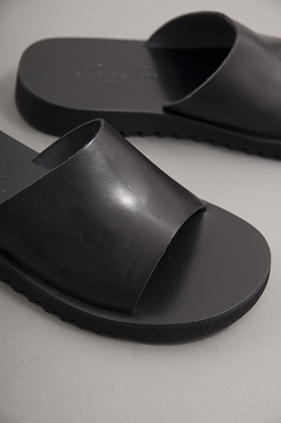 NUOVO NICAR  Leather Sandals (Black)_d0120442_1464278.jpg
