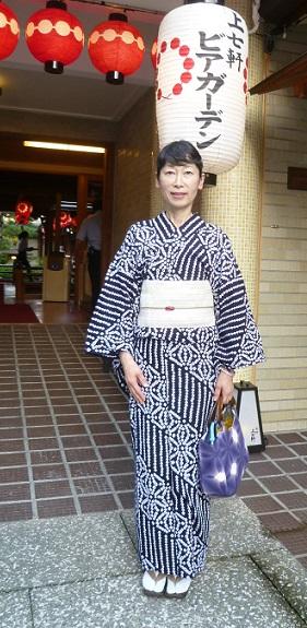 上七軒ビアガーデン・すっきりとした絞りの浴衣・マサヨさん_f0181251_18403812.jpg