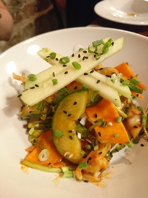 パリのビストロ韓国料理♪_b0060363_13222003.jpg