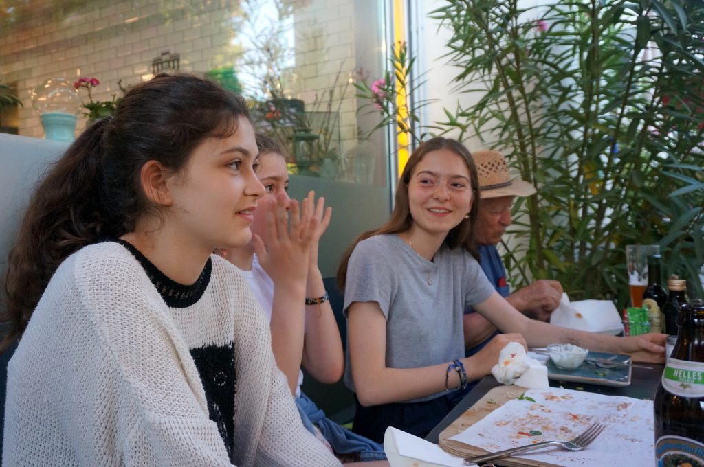 AMPELMANN Cafe-Restaurant in Berlinにて、DuとSieの話_c0180686_17535822.jpg