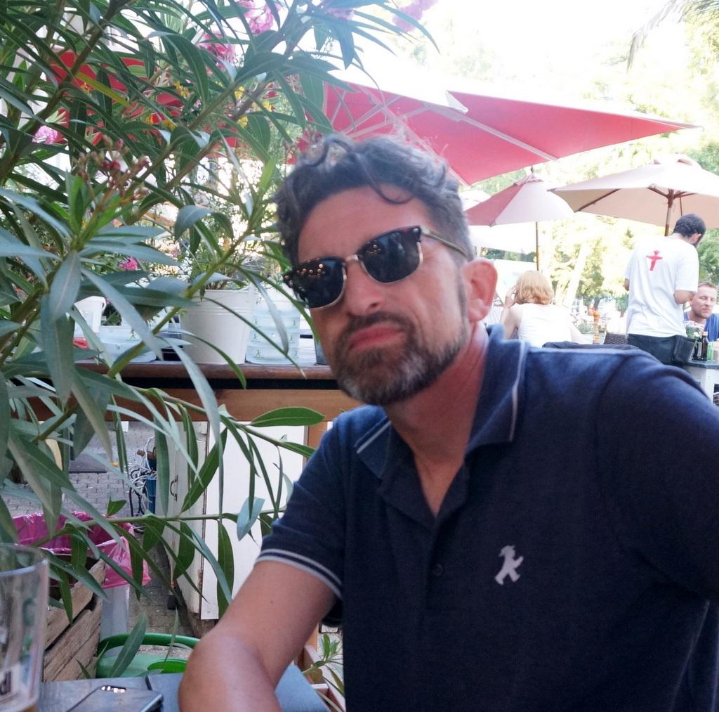 AMPELMANN Cafe-Restaurant in Berlinにて、DuとSieの話_c0180686_17545061.jpg
