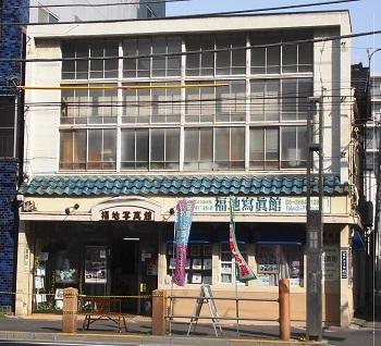 写真館の窓 亀戸(東京)_e0098739_09523026.jpg