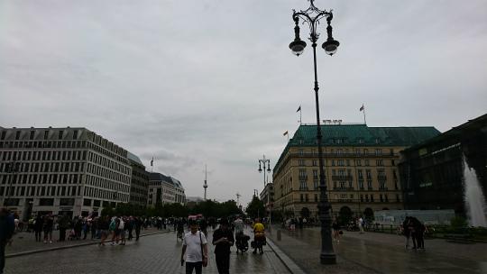欧州出張2017年07月-第三・四日目-市内でランチ_c0153302_12104253.jpg