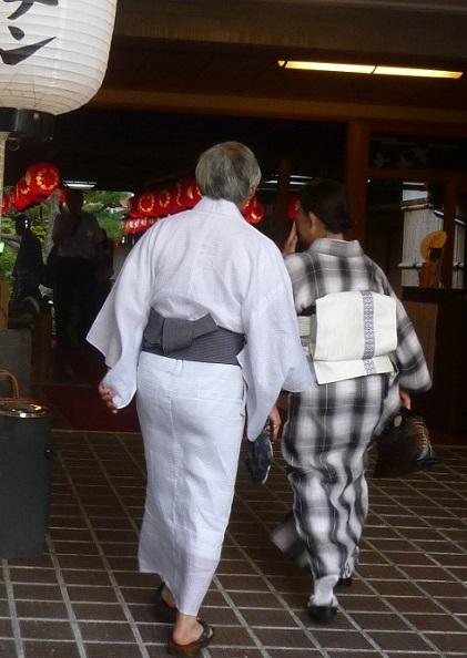 上七軒ビアガーデン・小千谷縮・麻の着物のご夫妻のお客様_f0181251_12545352.jpg