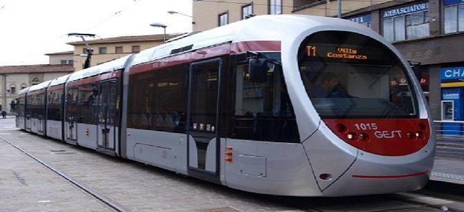 フィレンツェの新しいトラム路線と日本の技術_a0136671_03092378.jpg