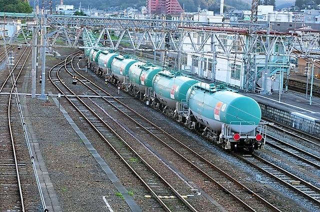 藤田八束の鉄道写真@貨物列車の写真、北海道、東北、関東、山陽、九州を走る_d0181492_22262511.jpg