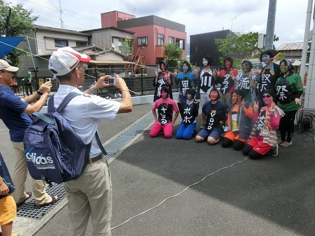 曇り空の下で始まった第31回「田宿川たらい流し川祭り」_f0141310_06484724.jpg