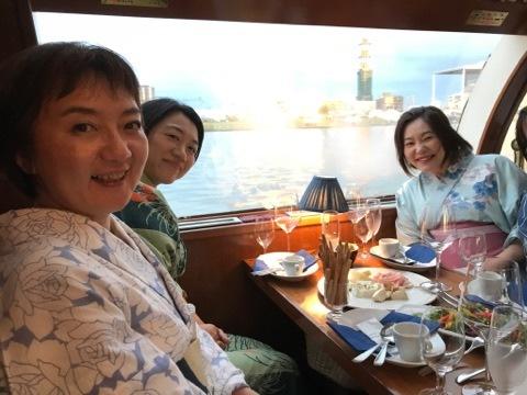 水上の宴〜イタリアワインフライト〜_a0126418_20064577.jpg
