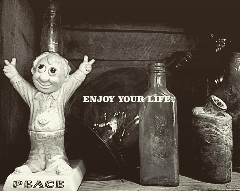 ENJOY YOUR  LIFE!!_f0203050_12325847.jpg