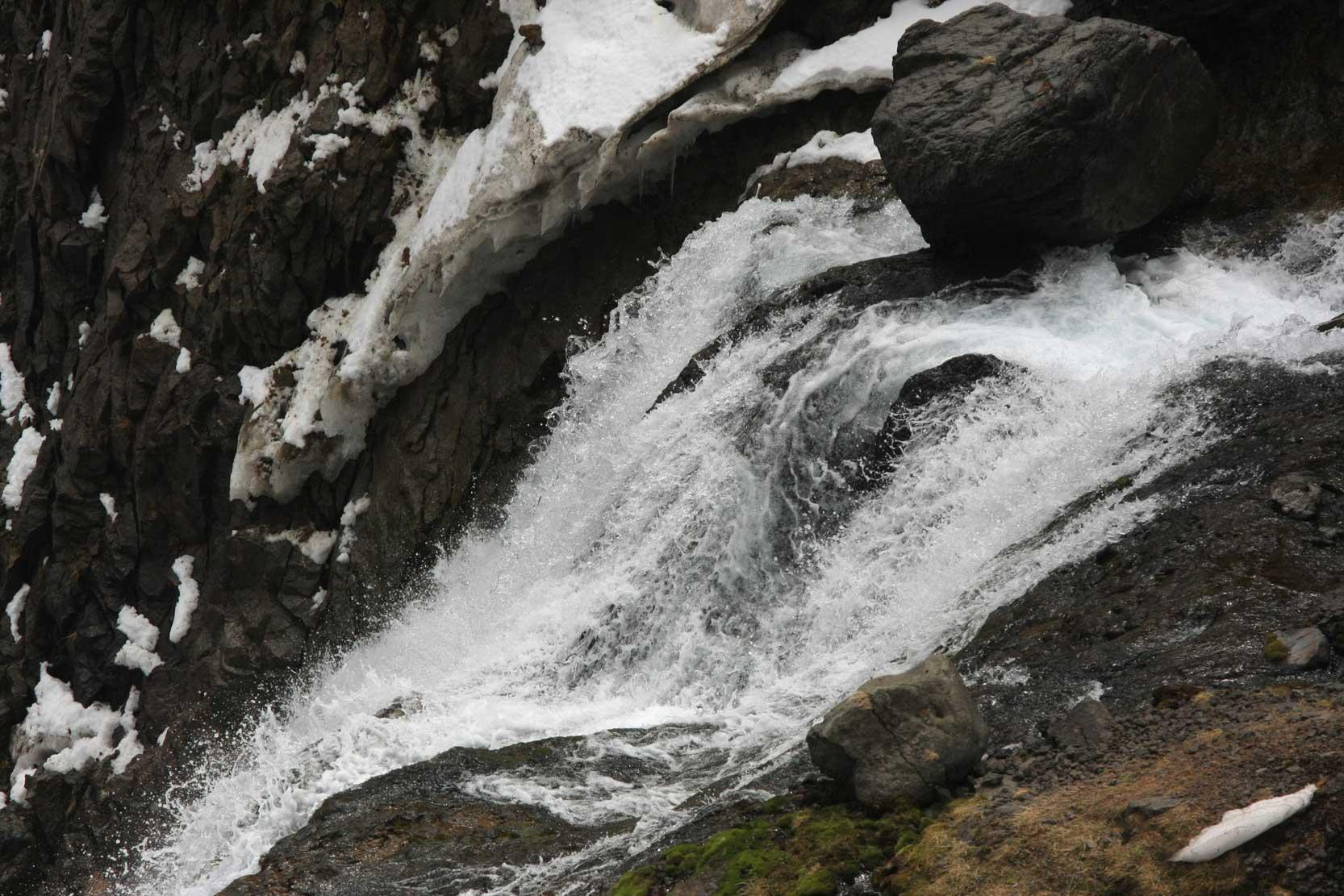 聖なる高原リゾート、長白山に登る_b0235153_1312015.jpg