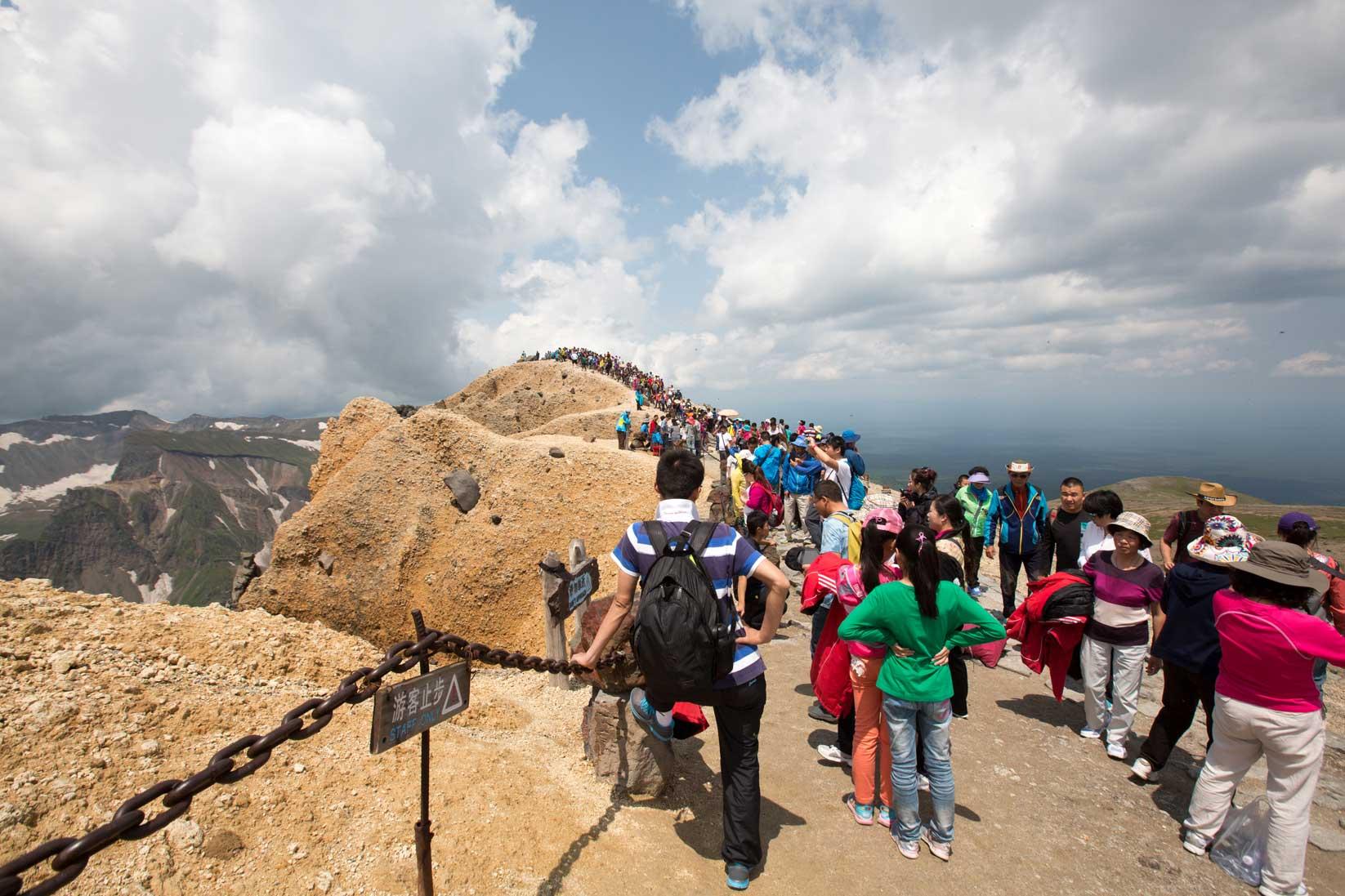 聖なる高原リゾート、長白山に登る_b0235153_13193582.jpg