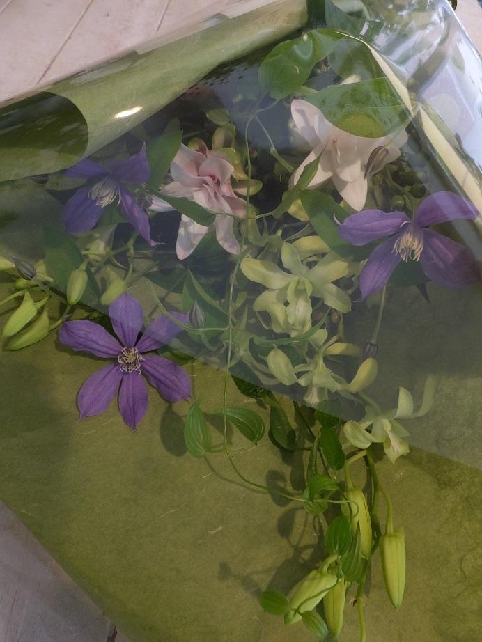 オークリーフ花の教室(落合さんの作品)_f0049672_18140842.jpg