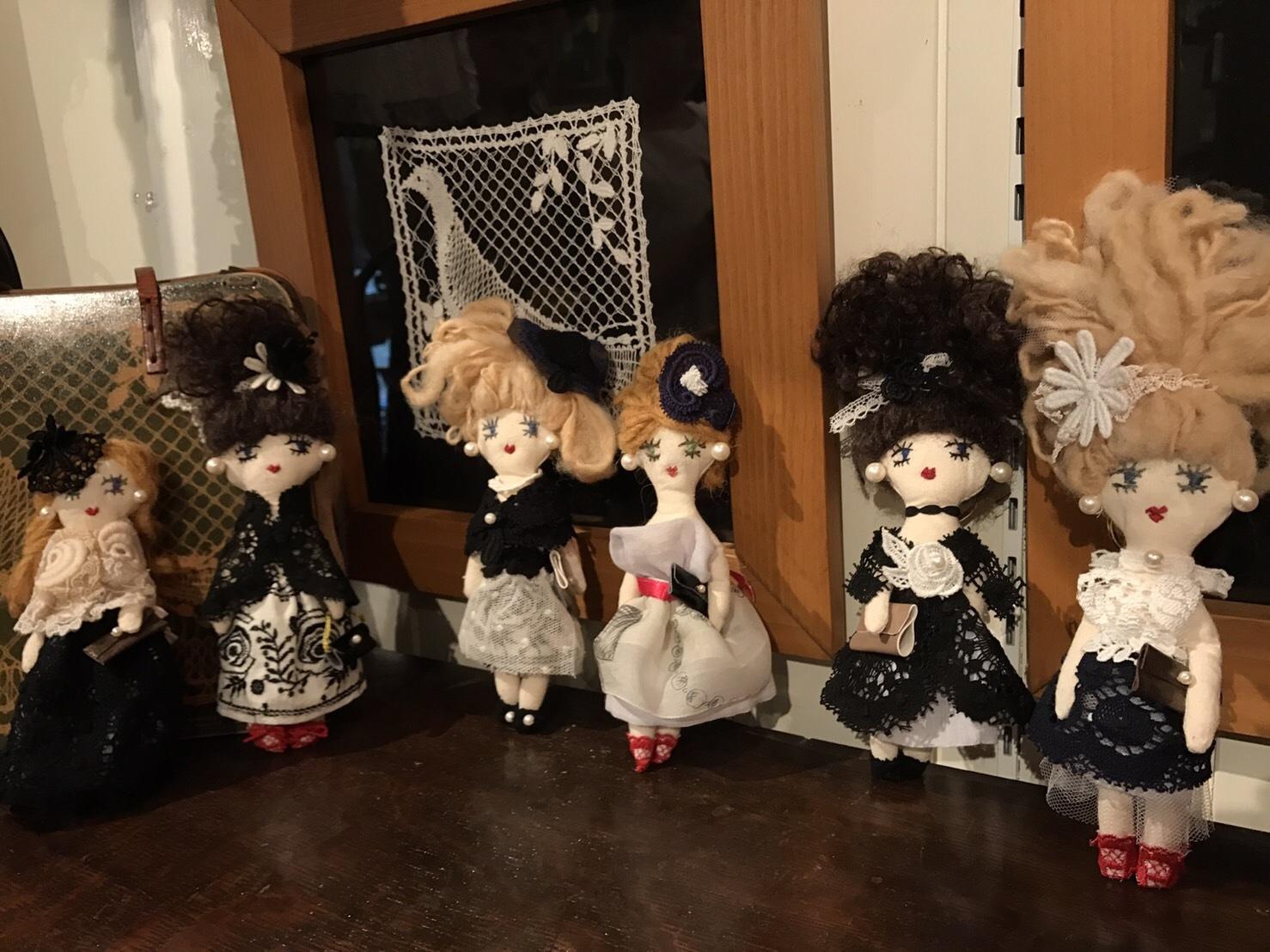 お人形チャームのワークショップ楽しく終了いたしました_b0117913_16120370.jpg
