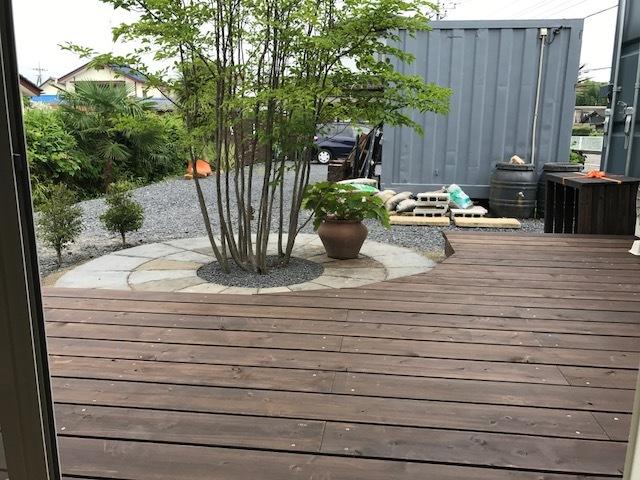 ウッドデッキ完成しました(^_^)v 太田市エクステリアのお店 Garden Flow事務所内にて!_e0361918_13133745.jpg