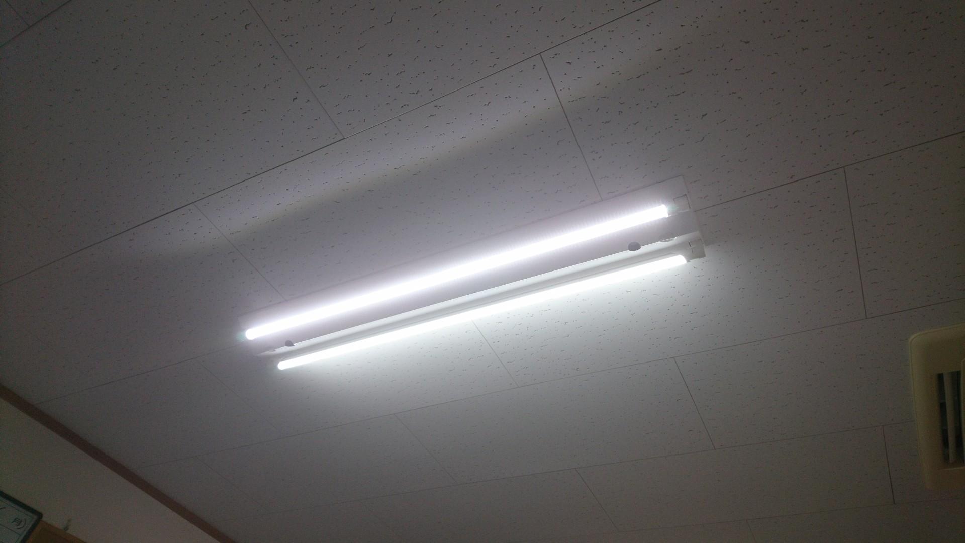 LED_e0124021_18115626.jpg