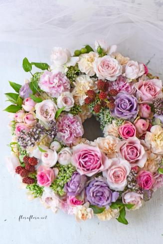 お花のサマーリース 7月のフローラフローラちいさな花の教室 * 東京目黒不動前フラワースクール_a0115684_21554044.jpg