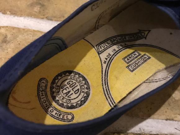 神戸店8/2(水)ヴィンテージ入荷! #5 Vintage Sneaker!Vintage T-Shirt !!!_c0078587_14163998.jpg