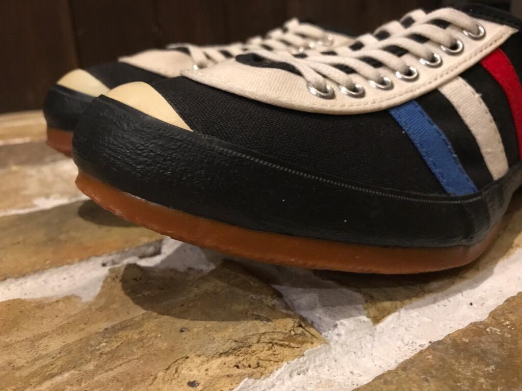 神戸店8/2(水)ヴィンテージ入荷! #5 Vintage Sneaker!Vintage T-Shirt !!!_c0078587_14320293.jpg
