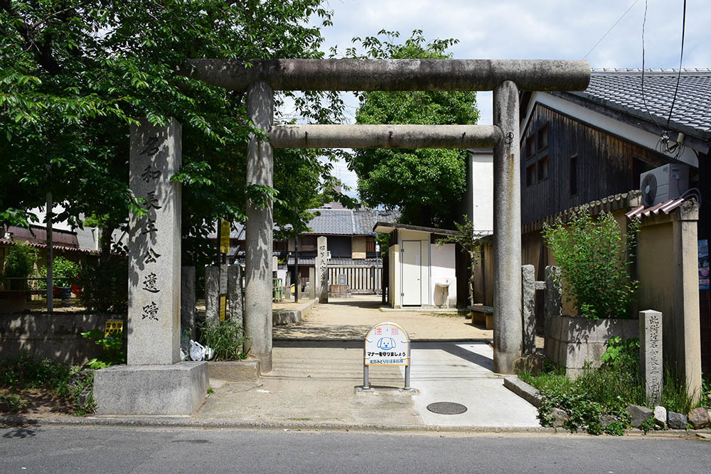 太平記を歩く。 その108 「名和長年殉節之地」 京都市上京区_e0158128_18560626.jpg