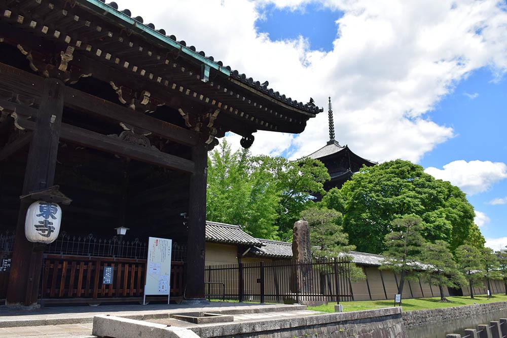 太平記を歩く。 その109 「東寺」 京都市南区_e0158128_19453827.jpg