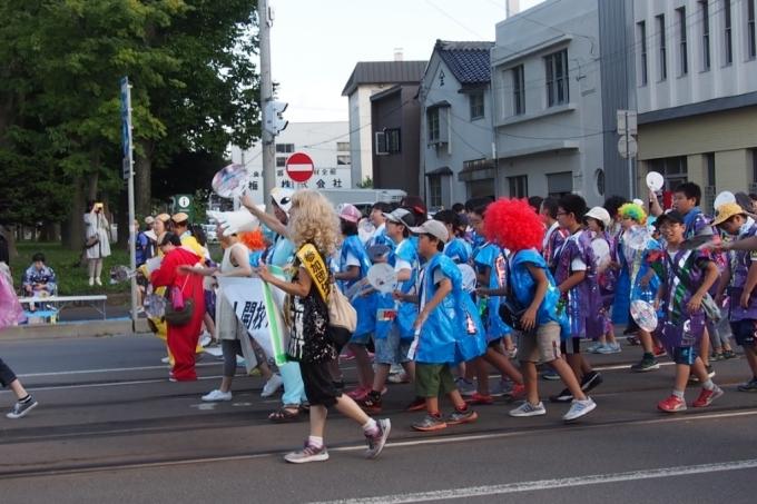 函館港まつり、わっしょいはこだて十字街大門コース。函館港おどり、子どもいか踊り、サマーカーニバル_b0106766_22205996.jpg