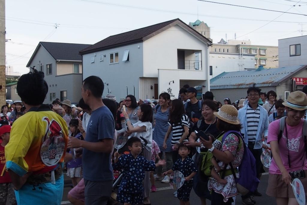函館港まつり、わっしょいはこだて十字街大門コース。函館港おどり、子どもいか踊り、サマーカーニバル_b0106766_22210217.jpg