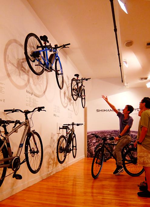 世界最大自転車パーツメーカー、日本のシマノがNYにポップアップ店をオープン中_b0007805_0134873.jpg