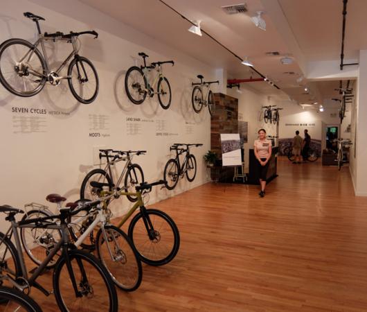 世界最大自転車パーツメーカー、日本のシマノがNYにポップアップ店をオープン中_b0007805_093887.jpg