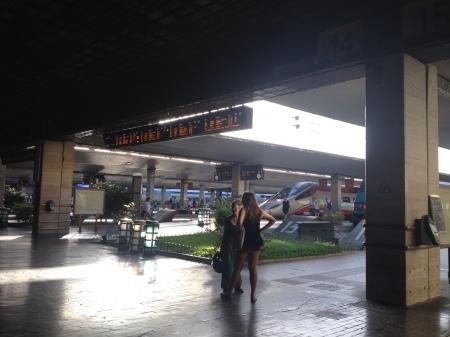 フィレンツェ中央駅も防犯のためローマやミラノのように!_a0136671_04451797.jpg