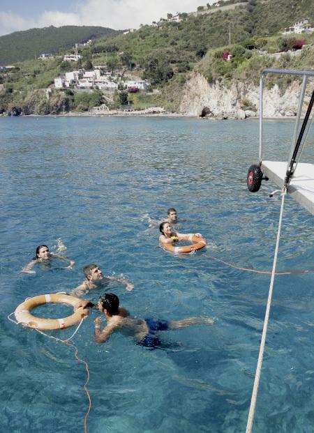 サリーナ島1. 名シーンが甦るイル・ポスティーノの島_f0205783_21174958.jpg