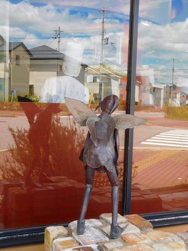 洋菓子店「エス コヤマのオブジェ」(三田市)20170803_e0237645_15503403.jpg