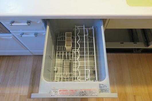 ★国産食洗機とミーレ食洗機の庫内容量は、これだけ差があります!_c0156359_10233011.jpg