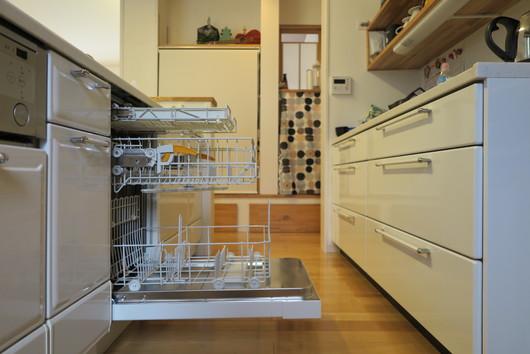 ★国産食洗機とミーレ食洗機の庫内容量は、これだけ差があります!_c0156359_10271287.jpg