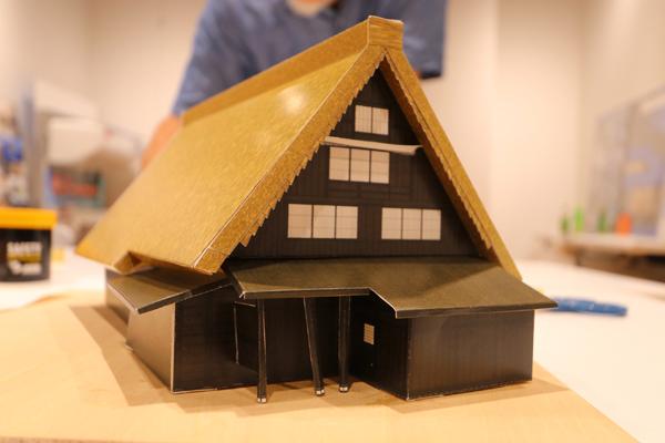 家の模型を作ろう!_c0126647_08481148.jpg